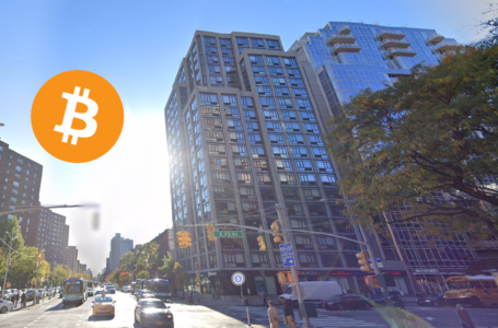 Bitcoin accepted for 3-store condominium space